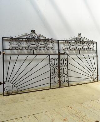 イギリス アンティーク アイアンフェンス ゲート柵 ガーデニング 6528